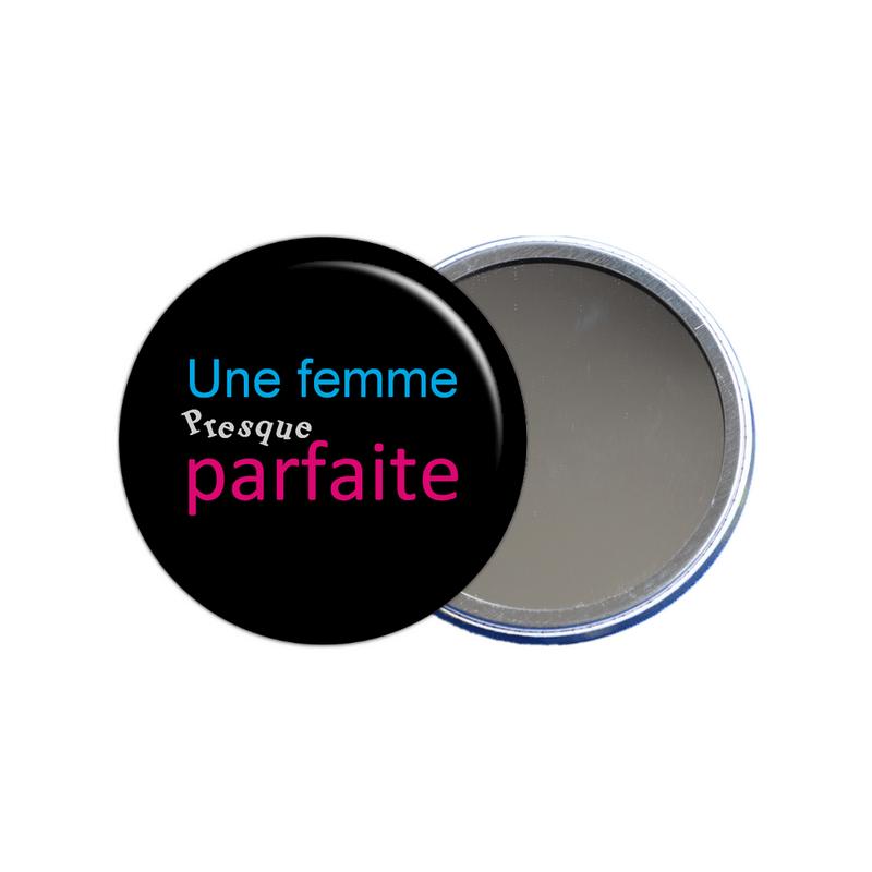 idée cadeau maman, idée cadeau femme, miroir de poche femme presque parfaite en vente sur em-creation.fr